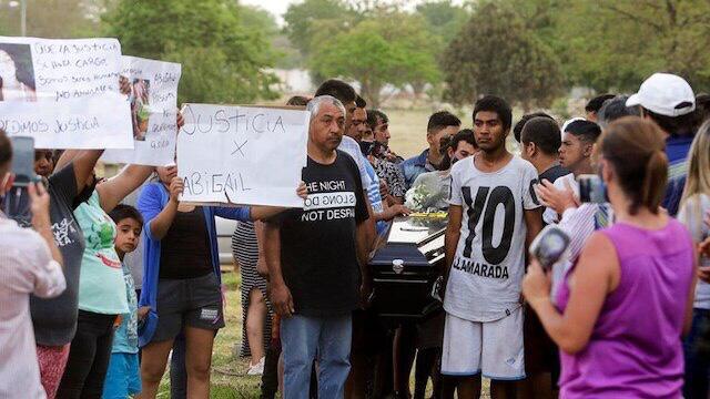 TUCUMAN: MATAN A GOLPES AL SOSPECHOSO DE MATAR Y VIOLAR A UNA NENA DE 9 AÑOS